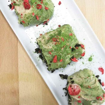 "Gluten free chocolate brownie with matcha swirl ""cream cheese"""