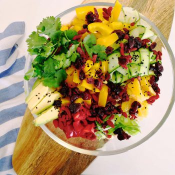 Quinoa salad with a superfood carob dressing