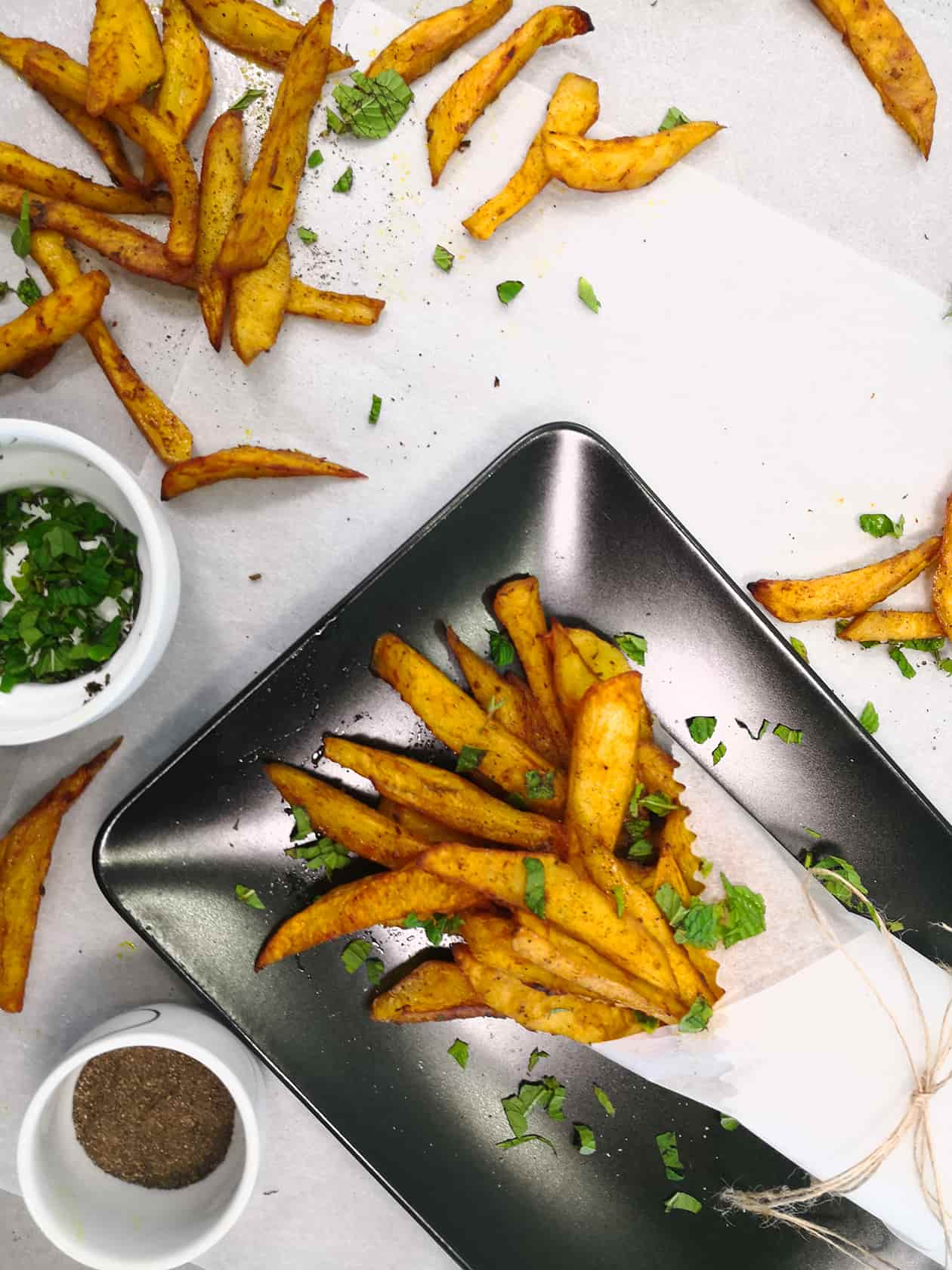 Turmeric-fries-homemade-vegan-tzatziki-dip4-starters-sides-recipes