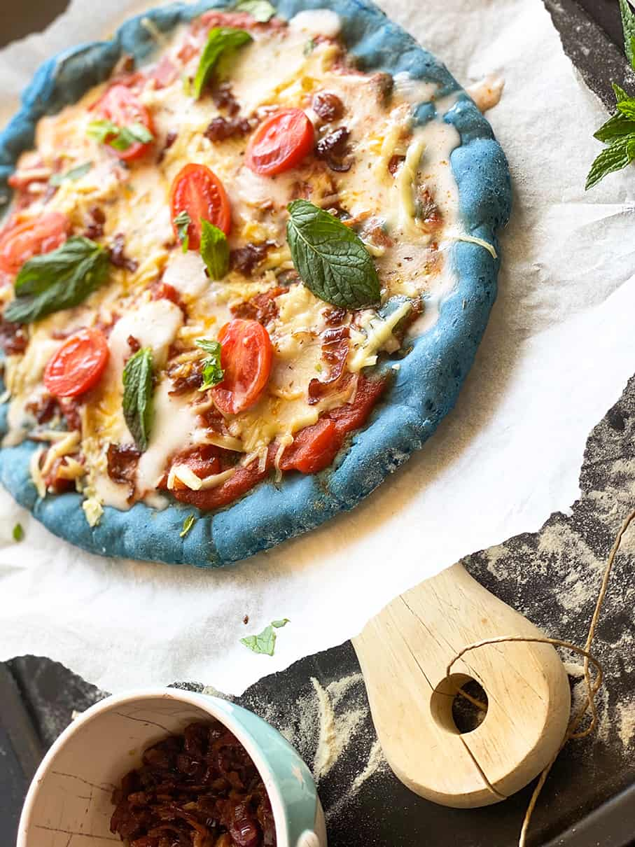 Easy-vegan-blue-pizza-7-main-dishes