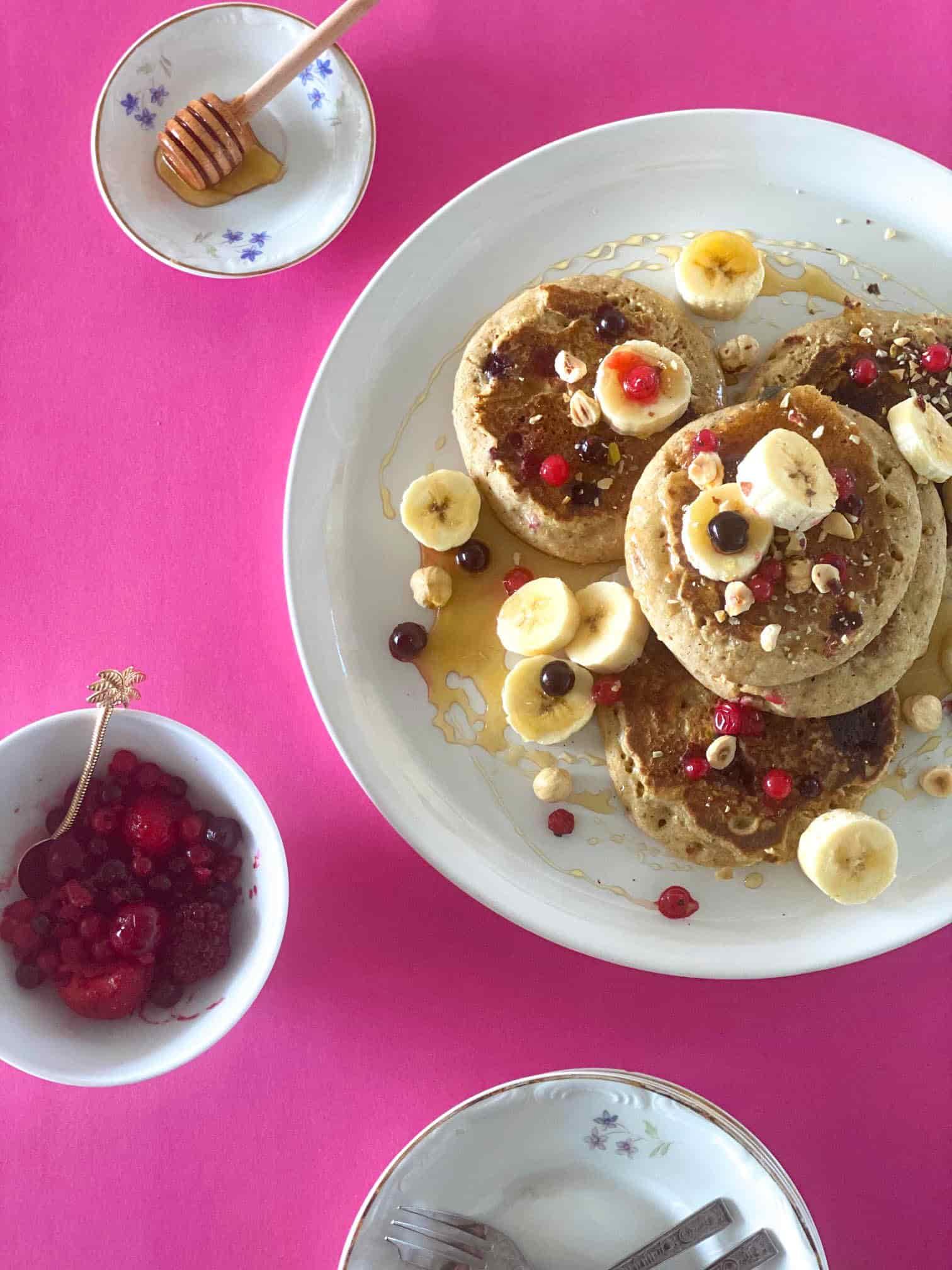 Sugar-Free-Pancakes-Berries-chocolate2 -recipes-breakfast